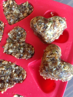 eat your (no-bake peanut butter date) heart out